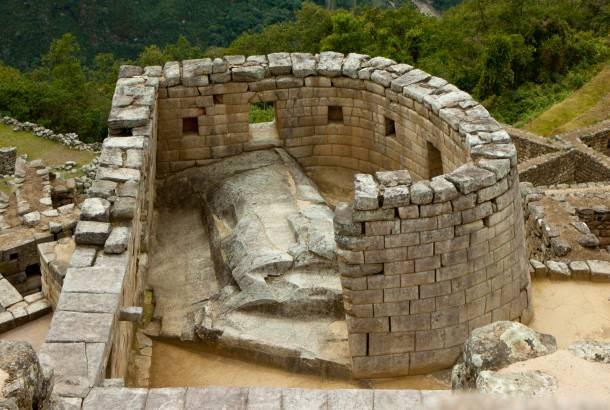 Temple-of-the-Sun-Machu-Picchu-274971447345754_crop_610_410